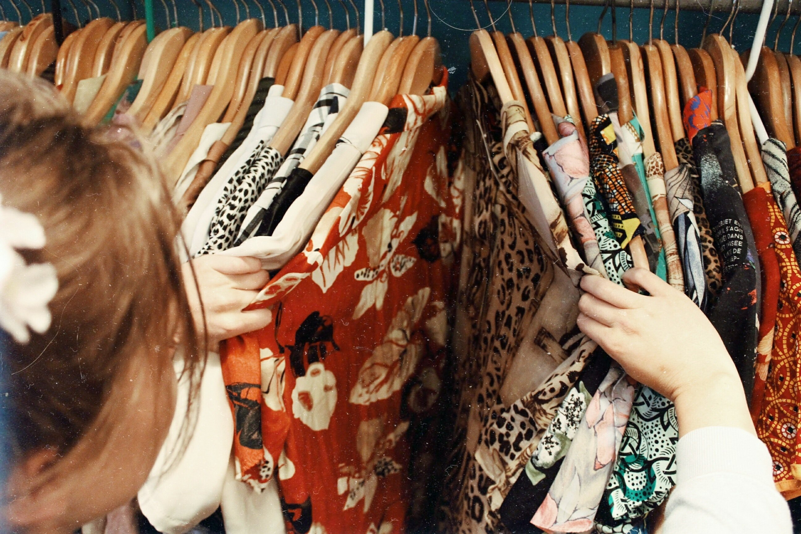 Vintage clothes second hand stores charity shops