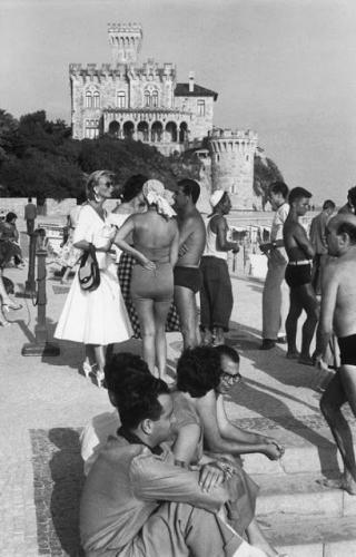 HenriCartier-Bresson Cascais 1955