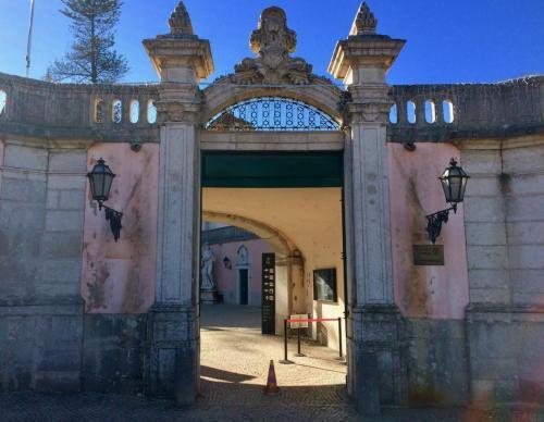 Palacio Entrance